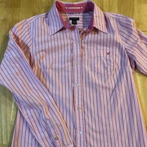 American eagle size 6 pink button down shirt
